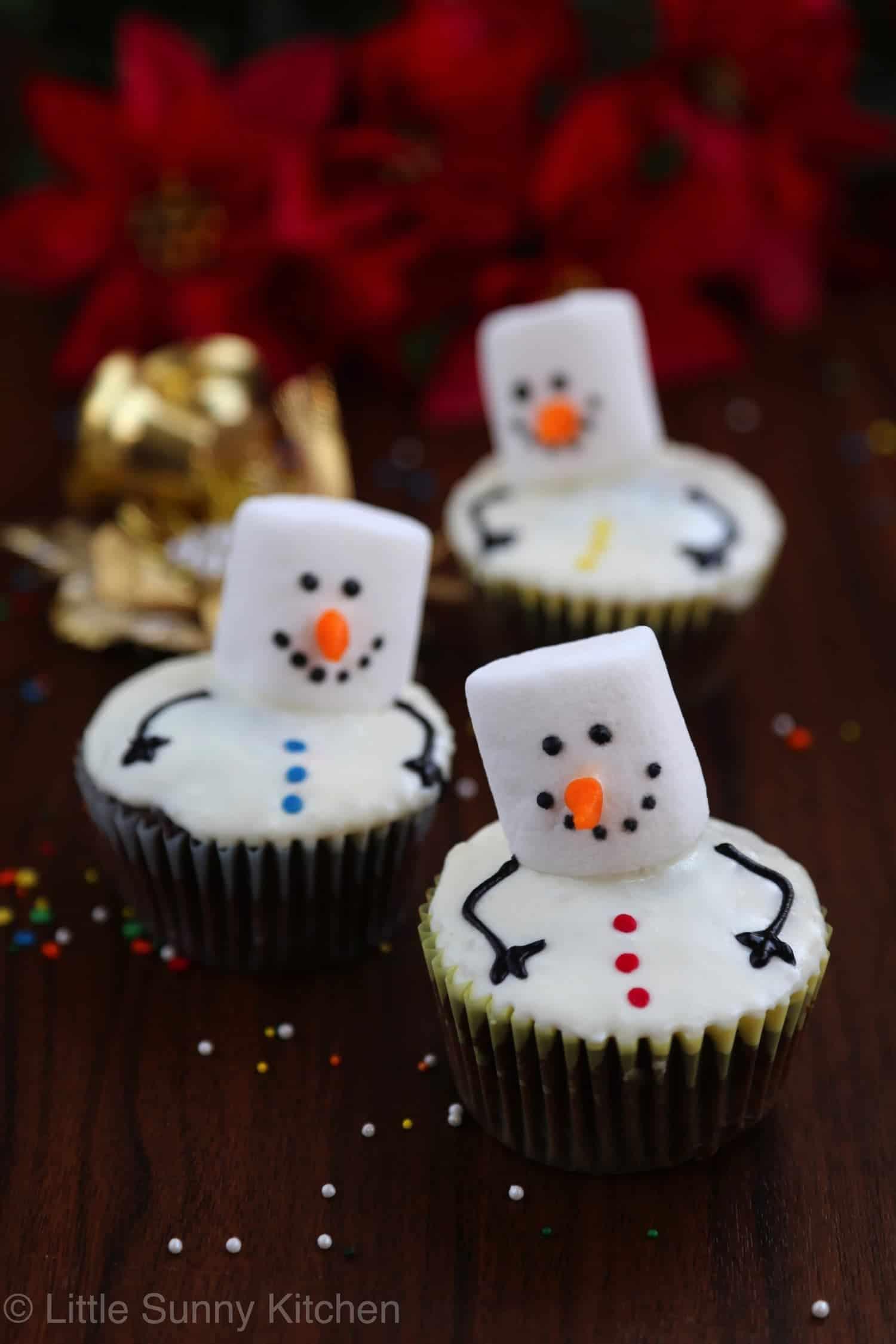 Snowman Cupcakes - Little Sunny Kitchen
